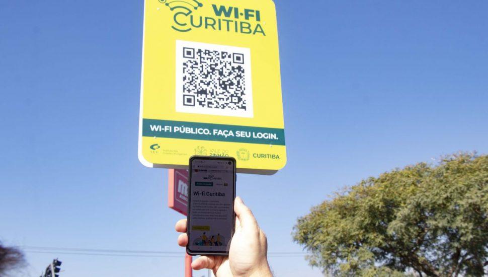 Serviço de wifi gratuito é inaugurado em Curitiba